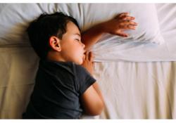 Pipi au lit : savoir entendre l'impact psychologique